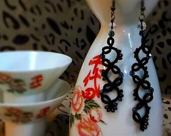 Handmade tatting earring With Crystal