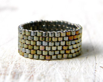 Minimalist band ring for women size 4 5 6 7 8 9 10 11 12 13 14 Unisual ring Beaded peyote ring Women's fashion ring Modern ring Sparkly ring