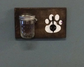 Pet treat and leash holder