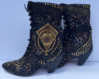Vtg 80s black leather and gold studded avant garde witchy boots 8.5 made in Italy