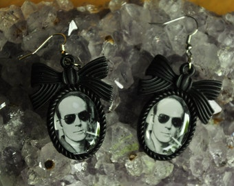 Hunter S Thompson-Gonzo Earrings-Resin Bow Setting