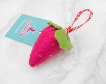 Felt Strawberry key ring Made in Italy