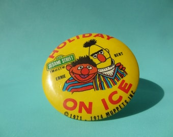 Vintage 70's Sesame Street Pin