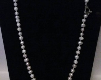Freshwater Knotted Pearl Necklace