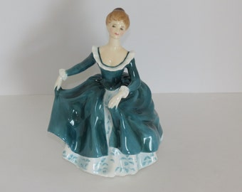 "Royal Doulton ""Janine"" Bone China Figurine HN 2461 ca. 1970"