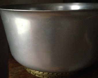 Kensington Ice Bowl with Gold Ornate Art Deco Trim with Ice Tong