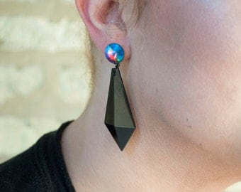Breaking Point Earrings