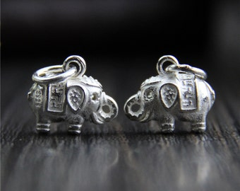 Solid 925 Sterling Silver Elephant charm, Bright silver elephant charm, 3D elephant pendant, elephant jewelry
