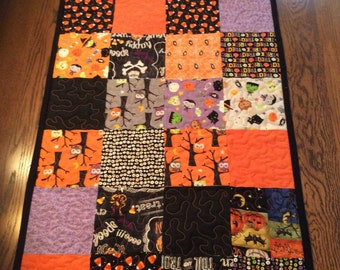 Handmade quilted Halloween table runner..sale price