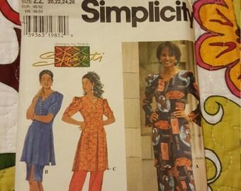 1997 SIMPLICITY#7495 SIZE 20-26UNCUT
