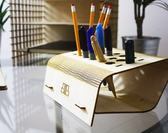 The Living Hinge Desk Tidy