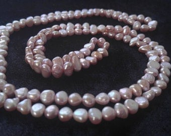 Gorgeous Pink Pearl Necklace