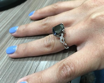 18K White Gold Black Diamond Engagement Ring
