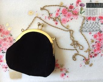 Vintage 1990s CLAIRE'S Black Velvet Mini Kiss-Lock Clasp Purse with Gold Chain Strap - Elegant Evening Small Crossbody Bag