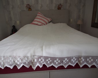 Vintage Shabby Chic cottage day blanket 2x2m handmade knitted and crocheted