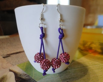 pretty pair of earrings with Rhinestone balls!