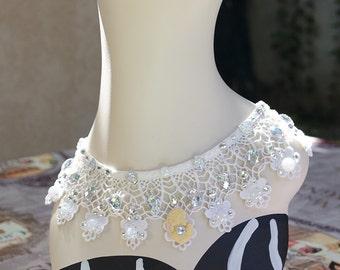 Vintage lace rhinestoned Camay necklace/Collier strassé camée sur dentelles vintage/Wedding Mariage