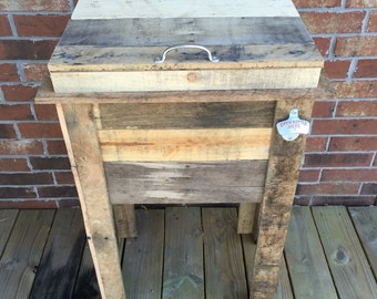 Customized Outdoor Cooler (Reclaimed Pallet Wood)