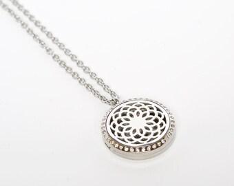 Aromatherapy Essential Oil Round Gem Diffuser Locket Necklace