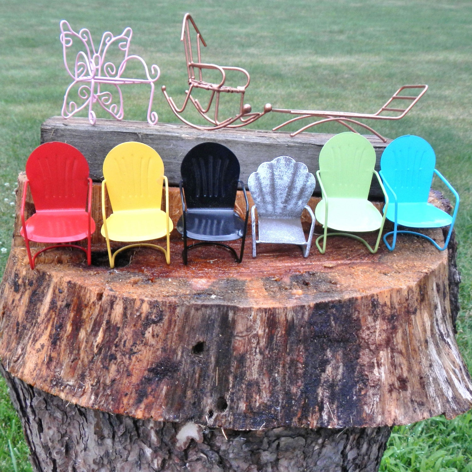 Miniature garden lawn furniture butterfly chair glider for Lawn and garden furniture