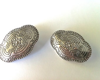 Navajo Engraved Designed Silver Earrings/Silver Etched Earrings/Navajo Designs/Retro Silver Earrings/Vintage Silver Earrings/Native Design