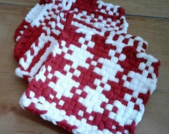 """Red & White 7"""" Potholder Set of Four"""