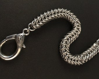 Aluminum Box Tail Chainmaille Bracelet