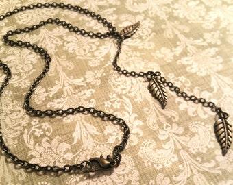 3-Leaf Bronze Necklace / Boho Necklace / Vintage Necklace / Charm Necklace / Bronze Drop Necklace