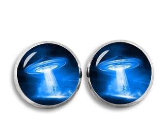 UFO Stud Earrings Flying saucer Earrings Aliens Sci Fi Jewelry Fangirl Fanboy
