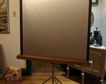 Knox Crusader Projection Screen - Price Reduced