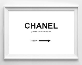 Poster poster chanel in marfa 1837 MI, original home decor style.