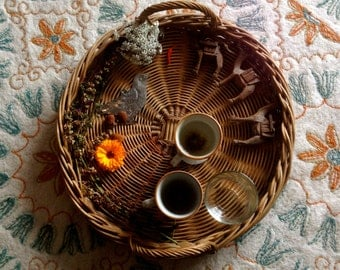 Plateau en osier / Wicker tray