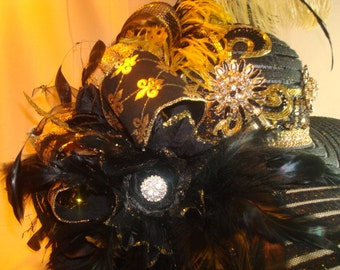 Black and Gold Derby Style Hat