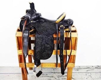 Black leather Handmade western Horse Rawhide Trail Roping Roper Hard Seat Cowboy Saddle 5 Year Warrenty