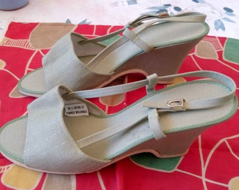 Beautiful Vintage 1950s! old stock