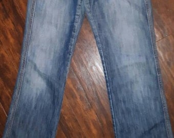 70's style jeans, cute front pockets!