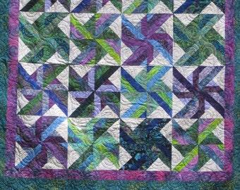 Quilt Tradewinds pattern from Hoffman Fabrics