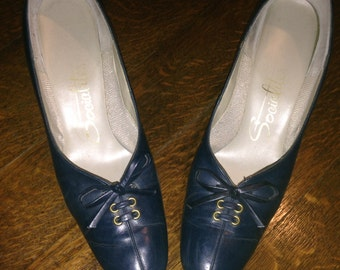 Vintage Ladies Blue Shoes