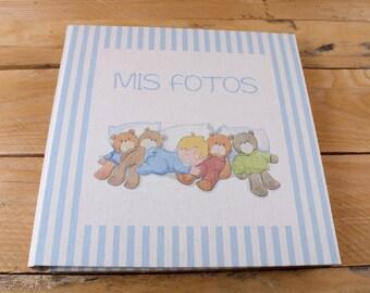 Photo album child to paste photos of your baby.