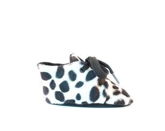 Babyshoes dalmaties - black and white soft soled shoes