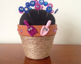 Plantpot Pin Cushion with Flowers!