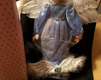 BRINNS Angel of Peace doll