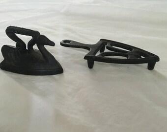 Vintage cast iron swan with Trivet
