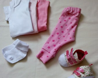 0-3months. Pink star baby cuffed leggings.