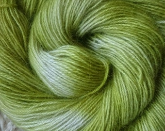 Hand dyed mohair dk 100g 225m ' lime zest '