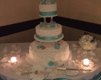 Fully customizable acrylic cake topper