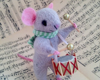 NEEDLE FELT MOUSE Drummer Cute mouse, musician, Needle felt animal, Needle felt miniature Art doll, Cute Felted Mouse Eco Toy Home decor