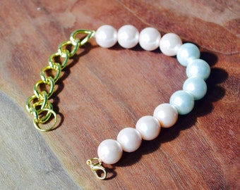 White and Pink Pearl Bracelet with Gold chain