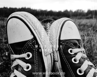 Old Sneakers, Black And White Photography - Wallpaper,Wall Art - Print Photo,Fine Art Print,Postcard,Poster,Image,DIN A4 - travel vintage