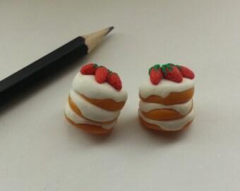 Cake stud earrings